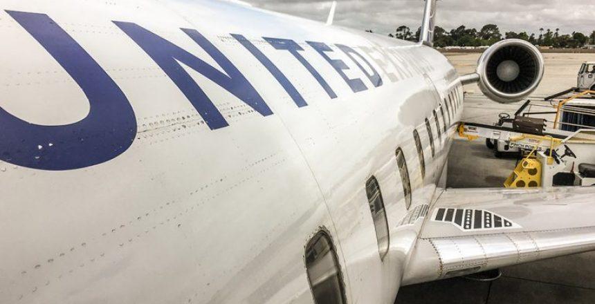 UnitedCRJ200
